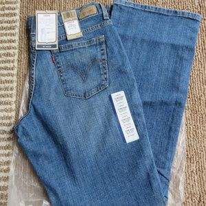 Misses Levi's 550 10 M Relaxed Bootcut